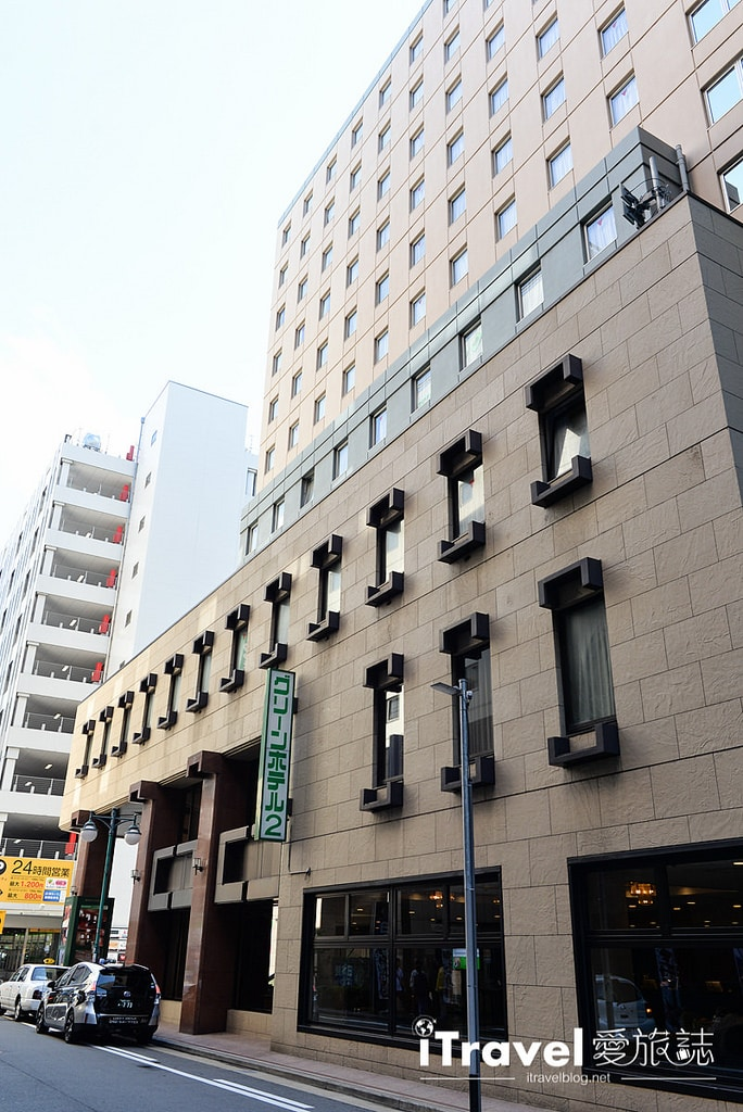 《福岡飯店推薦》Hakata Green Hotel 博多綠色酒店1號館:2015年全新開業,博多車站步行1分鐘抵達。