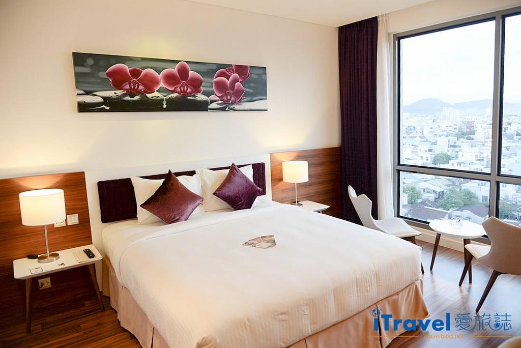 《峴港飯店推薦》Vanda Hotel 凡達酒店:2015年新開業,眺望漢江河景的商務飯店新選擇。