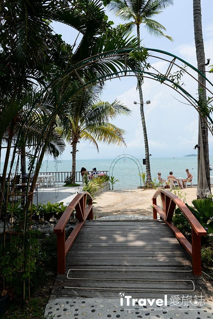 《蘇美島餐廳推薦》忠爹海鮮料理 Daetong Seafood Restaurant,沙灘海水連天一色。