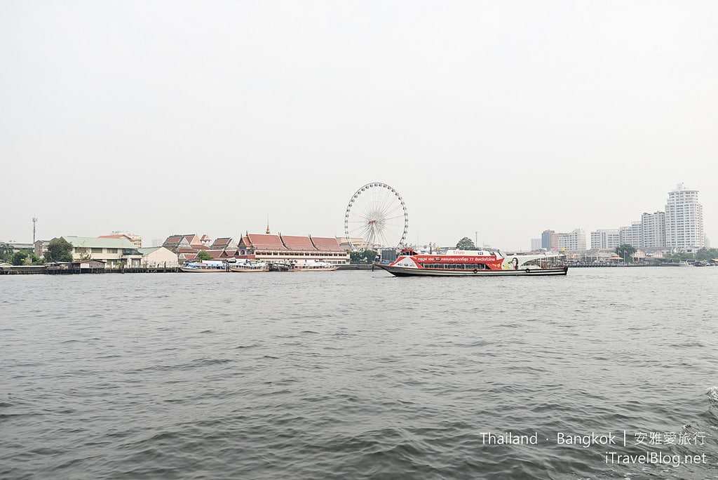 《曼谷夜市集景》河濱碼頭夜市 ASIATIQUE The Riverfront:曼谷超人氣夜市介紹導覽、逛街購物與往返交通攻略。